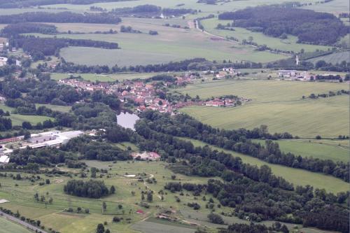 Letecké snímky obce a okolí