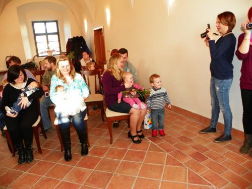 Vítání nových občánků obce Střelské Hoštice - únor 2016
